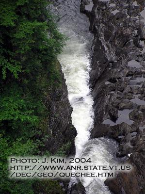 Quechee Gorge : Photo: J. Kim, 2004