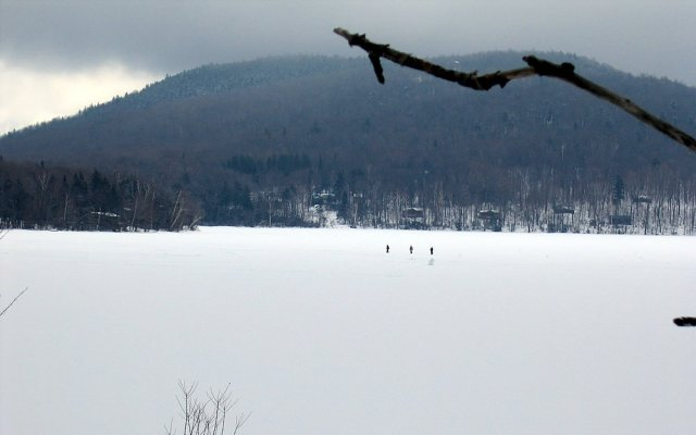 Lake Ninevah Vermont rental has ice fishing and more